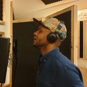 Donnie Adams raps